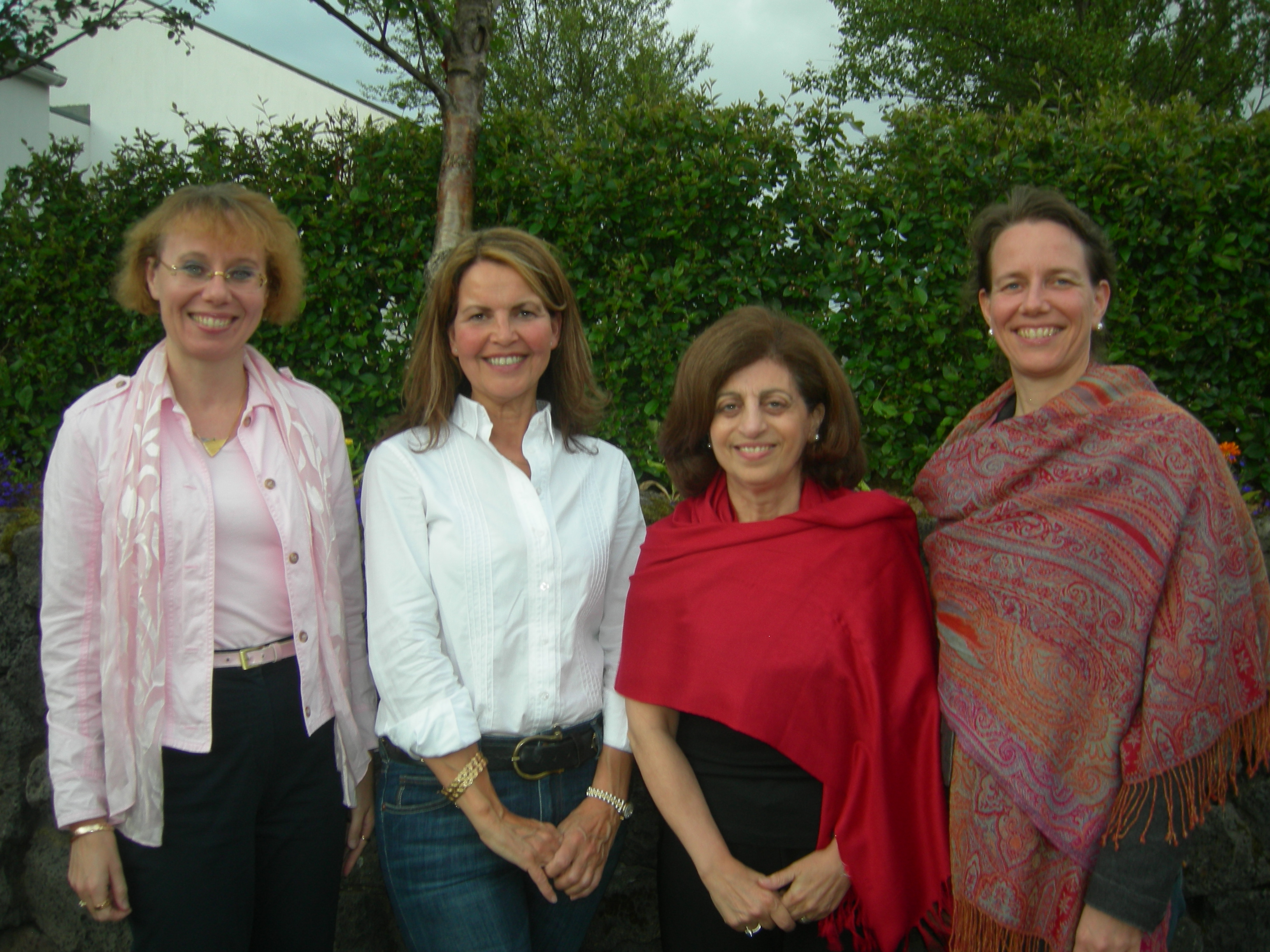 ewla presidents with lenia samuel 4 july 2009