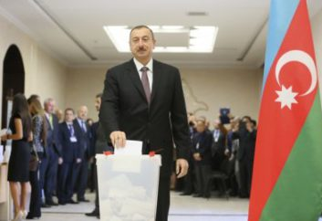 Feneyjanefnd gagnrýnir breytingar á stjórnarskrá Azerbaijan