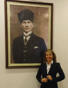 Herdís og Kemal Ataturk lítil