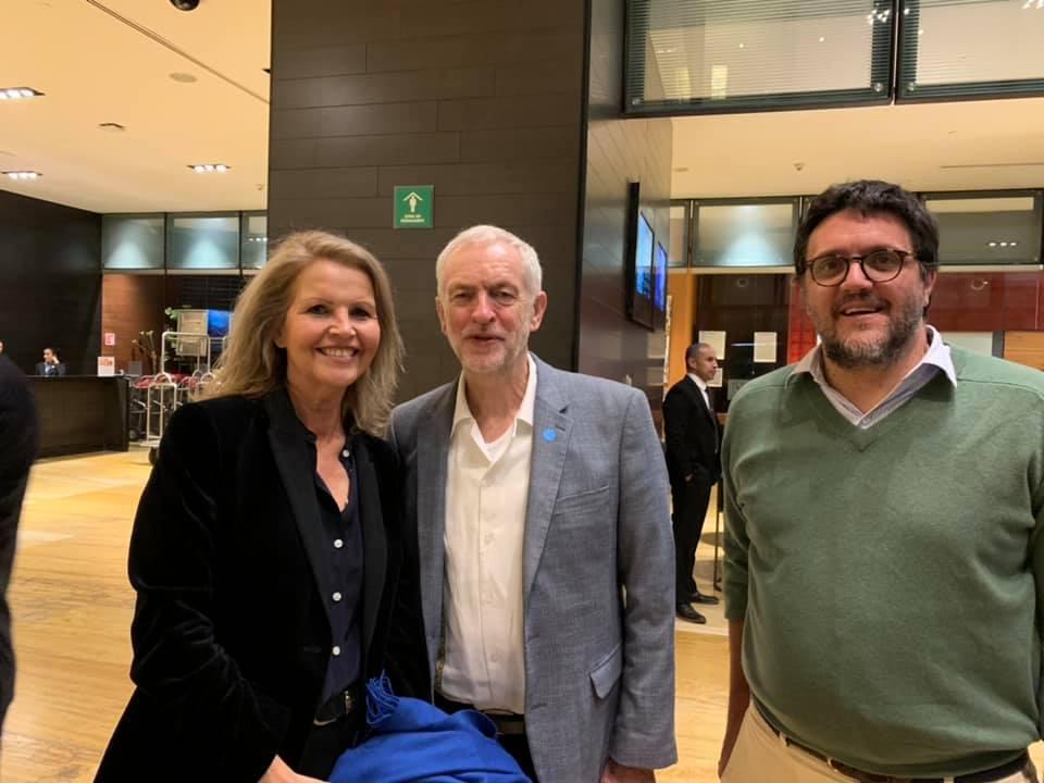 Jeremy Corbyn við innsetningu nýs forseta Mexíkó í embætti